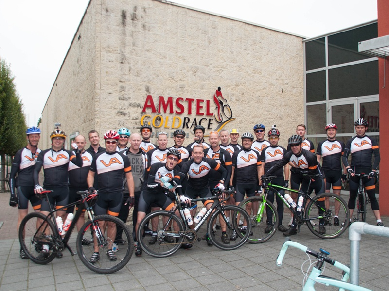Visser Assen fietst team