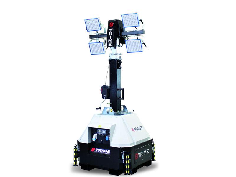 Lichtmast X-Mast 4 x 150 Watt LED